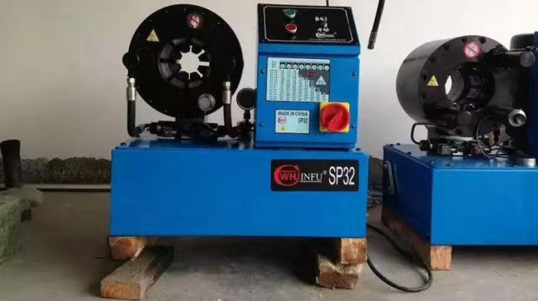 压管机更换抗磨液压油的注意事项